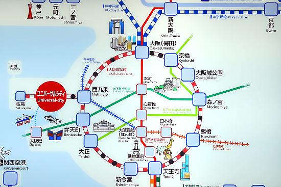 JRを使ってUSJに行く場合、まず頭に入れておきたいのがJRの路線図です。上の写真はその路線図ですが、主要駅だけが表示されています。